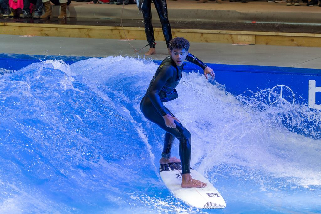 Surfpool indoor surfing machine by Citywave at fair Boot Düsseldorf 2018