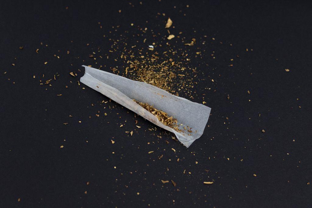 Tabak und Zigarettenpapier