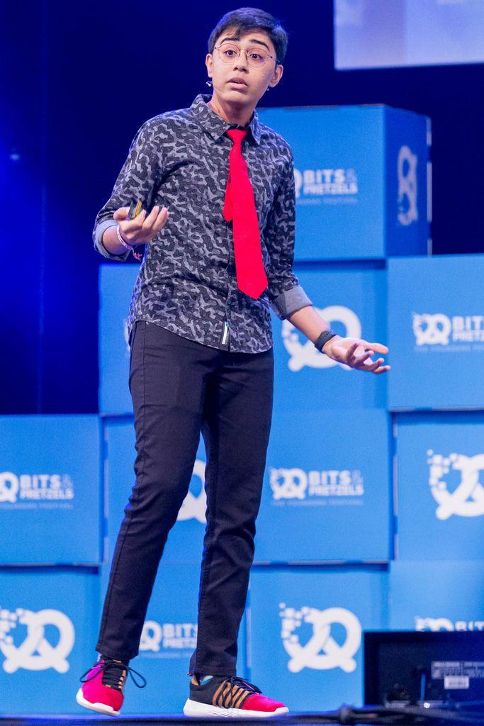 Tanmay Bakshi bei seiner Rede auf dem Bit & Pretzels Festival 2018