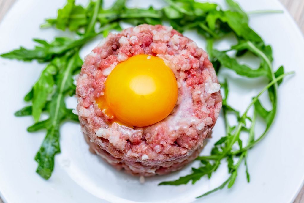 Tartare with minced meat