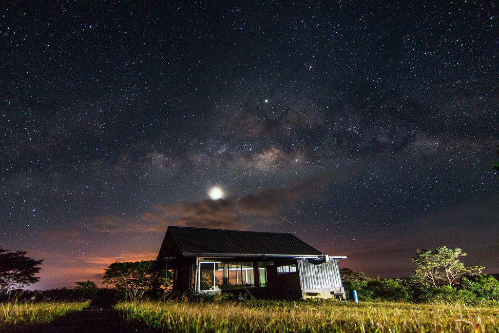 The Milky Way seen from a rest house