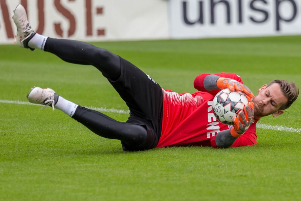 Thomas Kessler schnappt sich den Ball