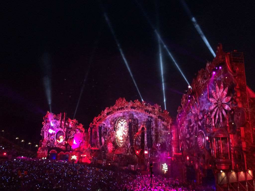Tomorrowland 2014 Main Stage @ Night