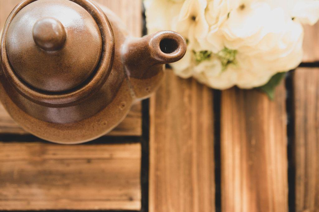 Top view of brown ceramic teapot (Flip 2019)