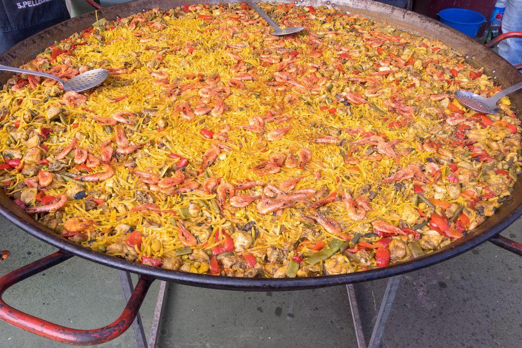 Traditionelles mallorquinisches Gericht Arròs de peix
