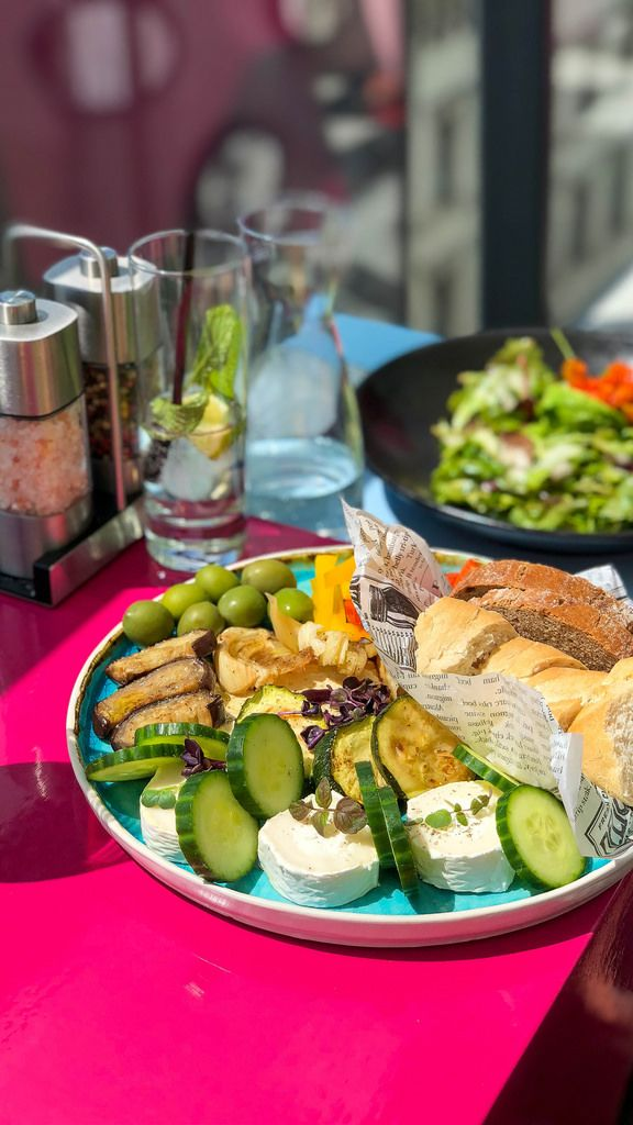 Vegetarian love at the Lamee Rooftop Bar: humus, goat cheese, grilled vegetables, peppers, olives, pastry