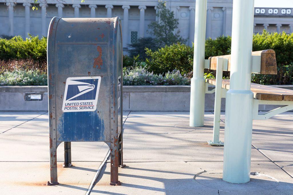 Verrosteter Briefkasten der United States Postal Services