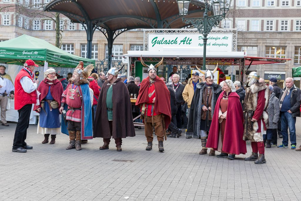 Vikings in front of Brauhaus Alter Bahnhof in Dusseldorf