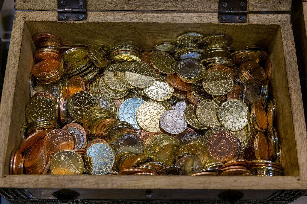 Vikings Münzen in einer Schatztruhe zum Kaufen