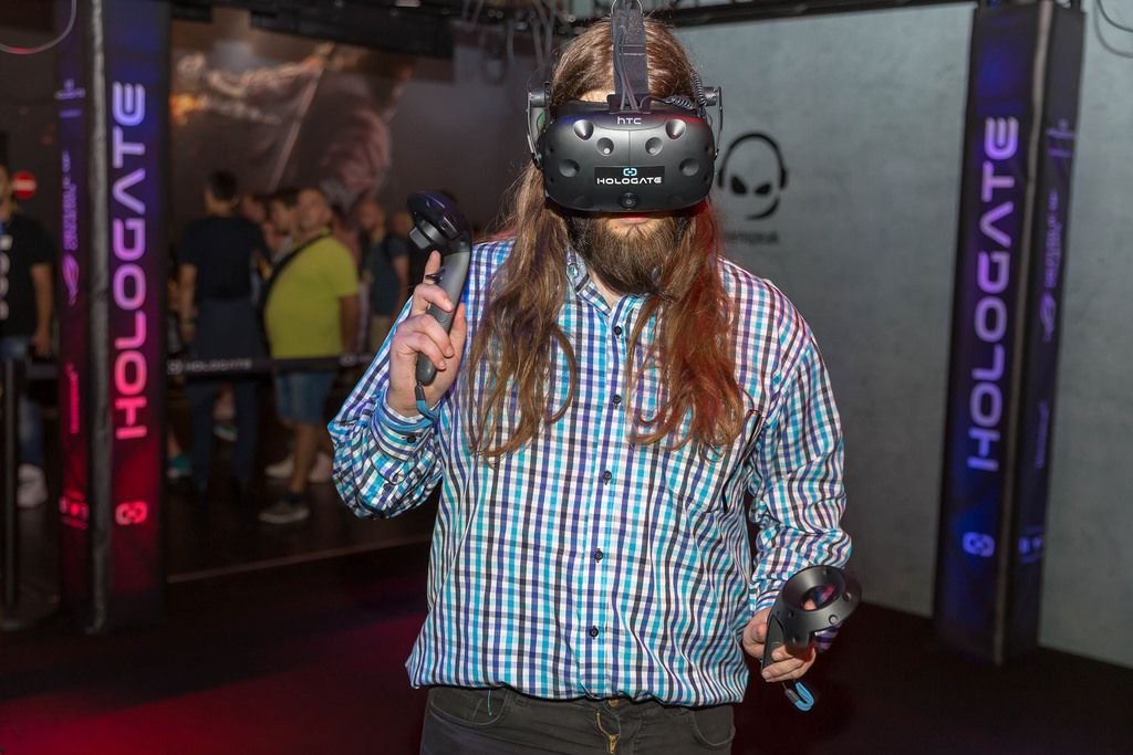 Visitor playing Hologate with HTC Vive VR Headset and Controllers