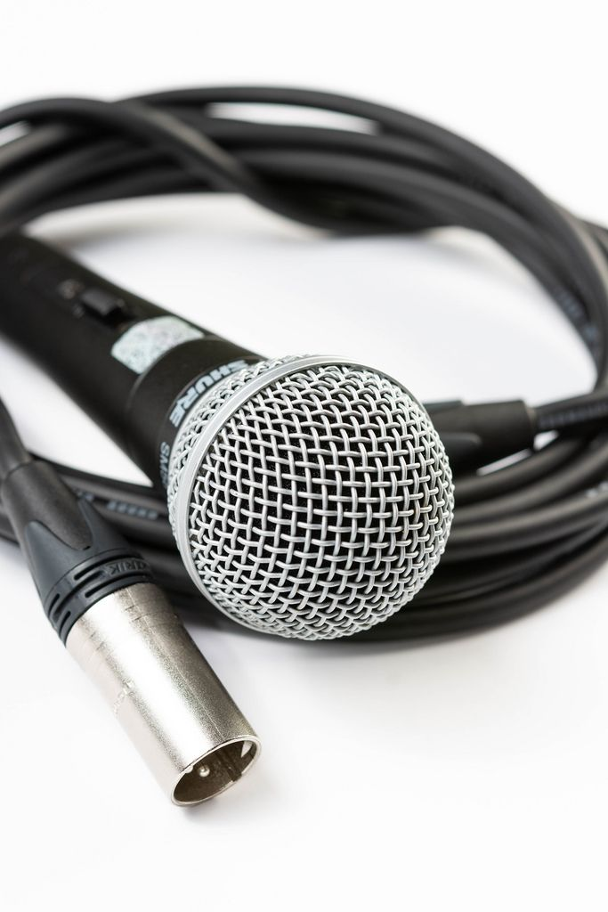 Vocal Microphone with XLR black audio cable