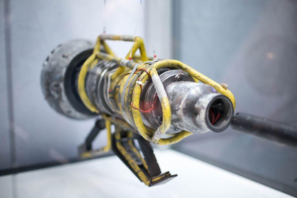 Waffen aus Destiny 2 in Originalgröße
