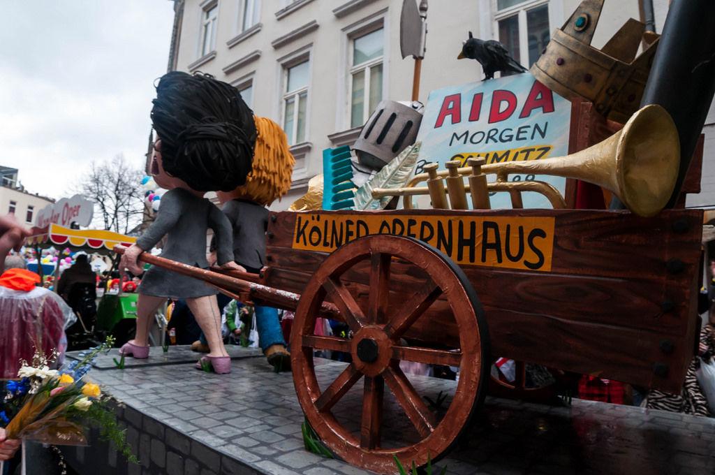 Wagen: Wanderoper (Kölner Opernhaus)