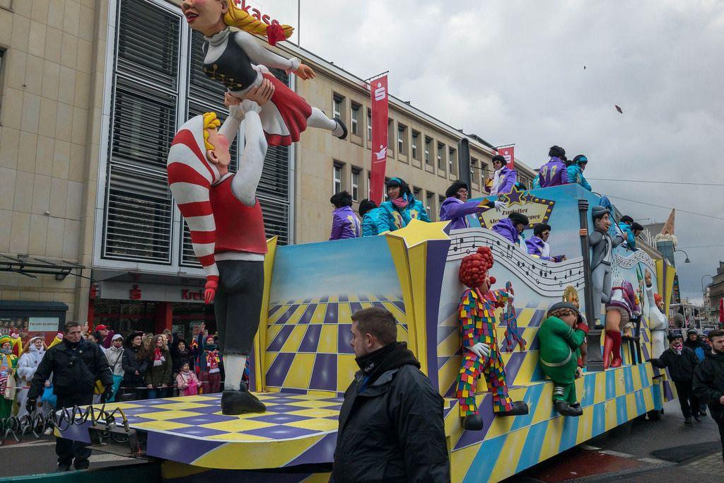Wagen Zochleiter beim Rosenmontagszug - Kölner Karneval 2018