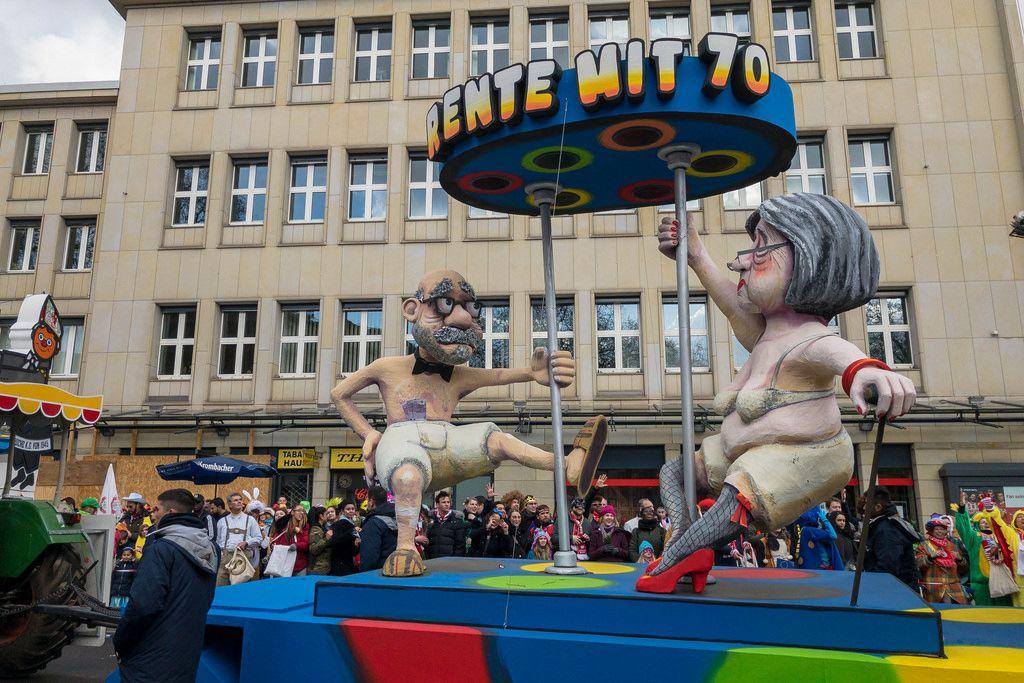 Wagen zum Thema Rente mit 70 - Kölner Karneval 2018