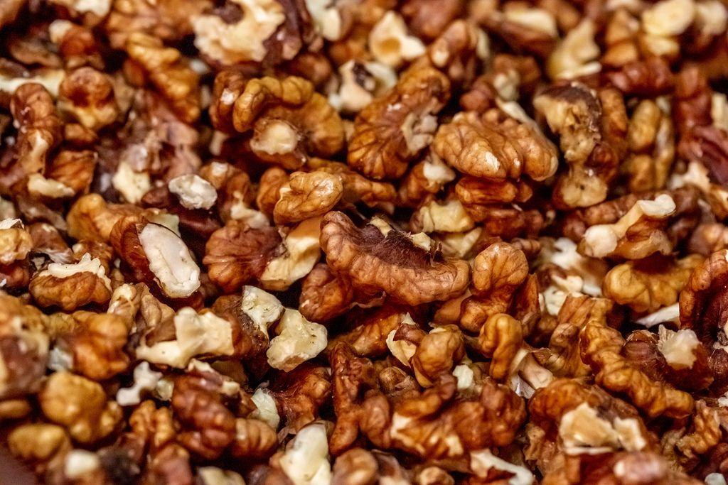 Walnuts without shell