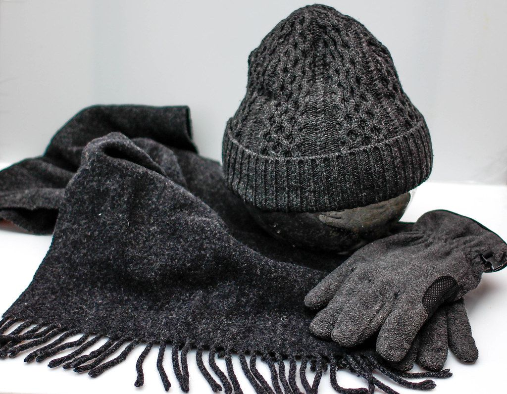 Warm clothes for the winter season: scarf, wool cap and gloves