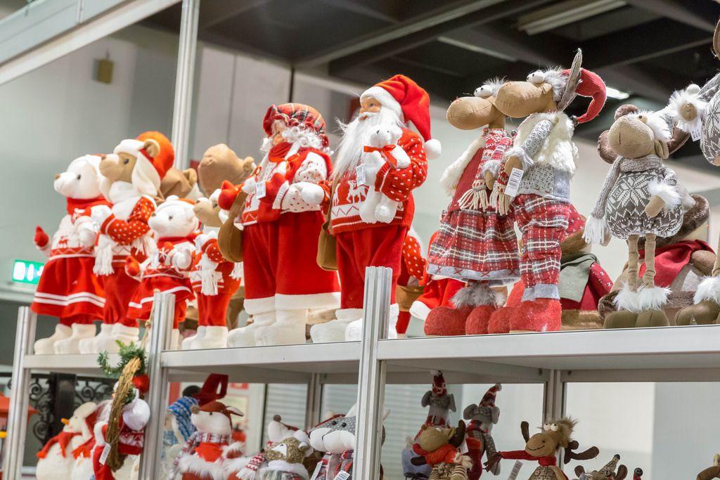Weihnachtsmänner und Rentiere -  IAW Köln 2018
