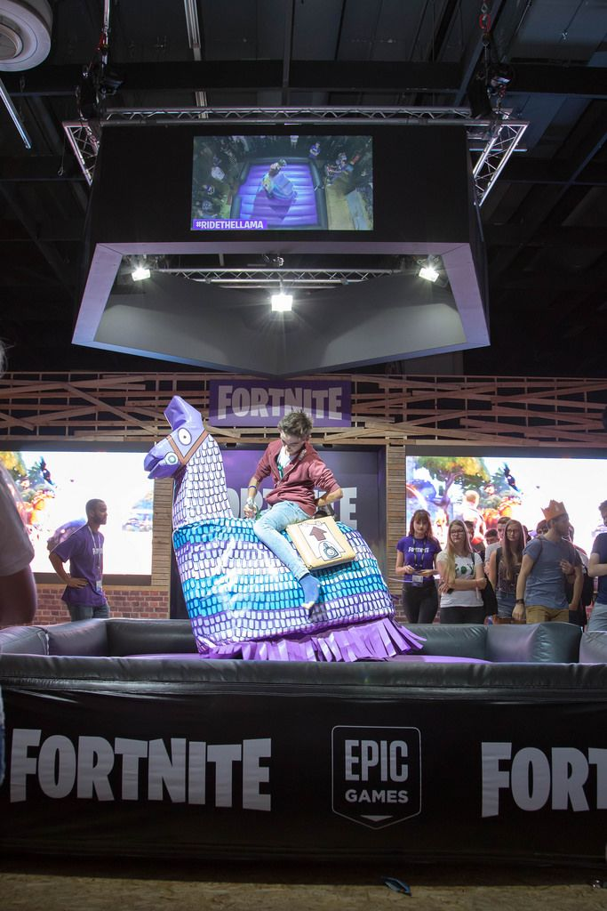 Wettbewerb von Fortnite Epic Games bei der Gamescom 2017