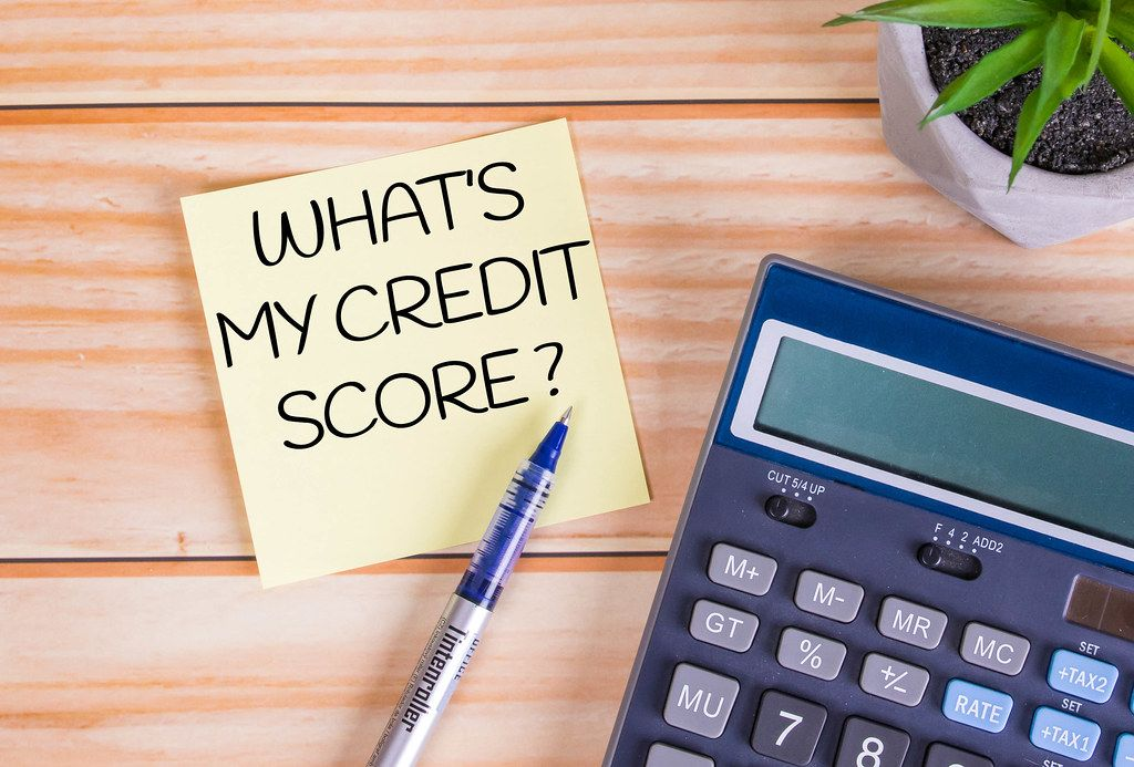 What's my credit score text on a sticky note