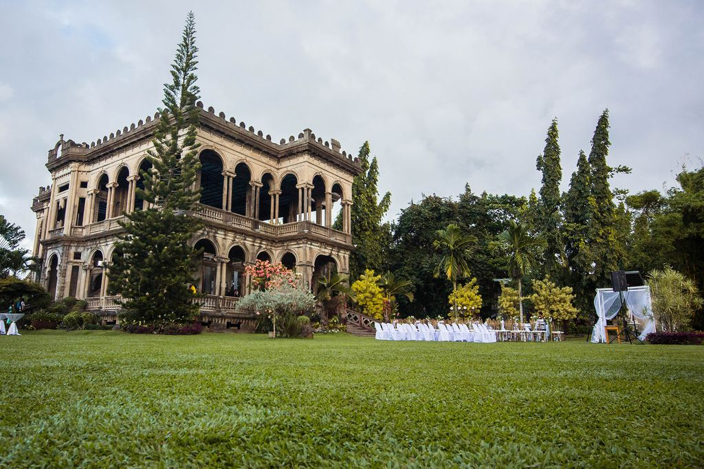 Wide shot of The Ruins Mansion