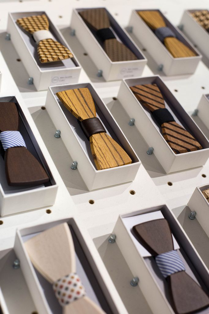 Wooden bow ties by BEWOODEN