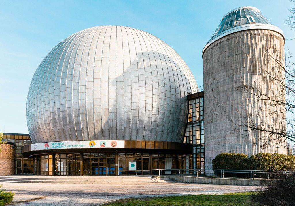 Zeiss Planetarium in Berlin an der Prenzlauer Allee