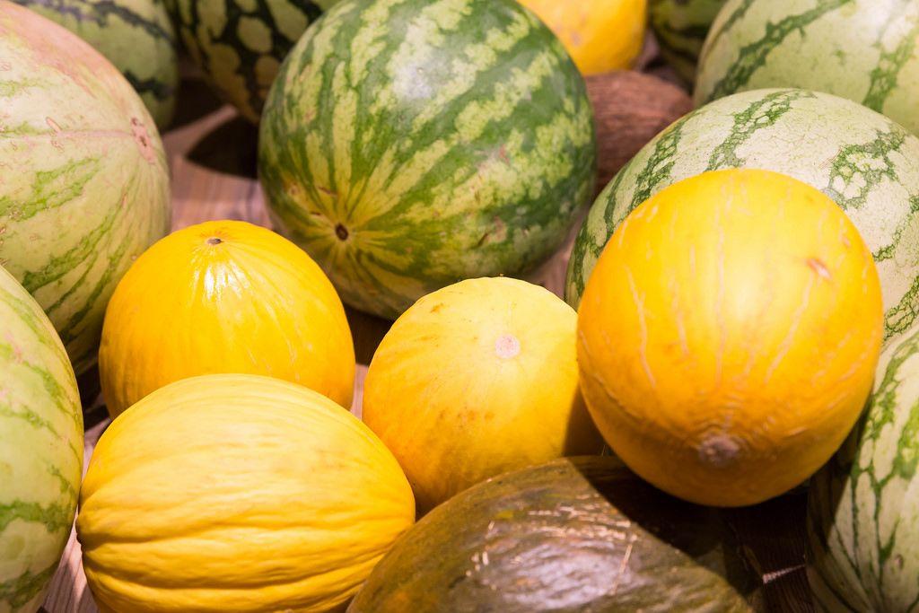Zuckermelonen und Wassermelonen