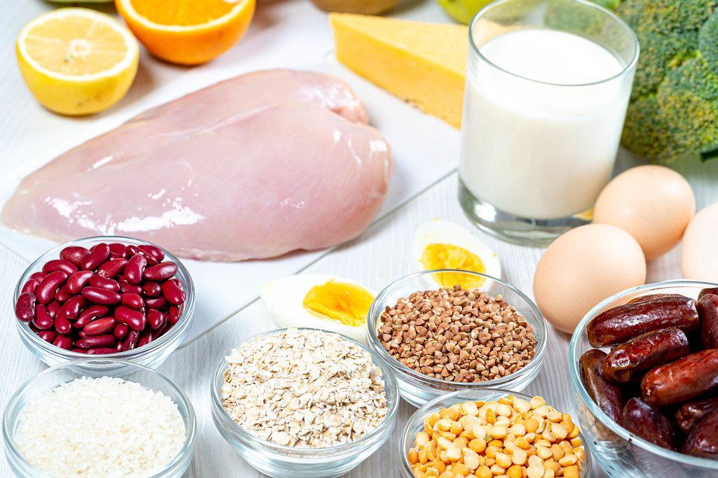 Zutaten für ein gesundes, ausgewogenes Mittagessen
