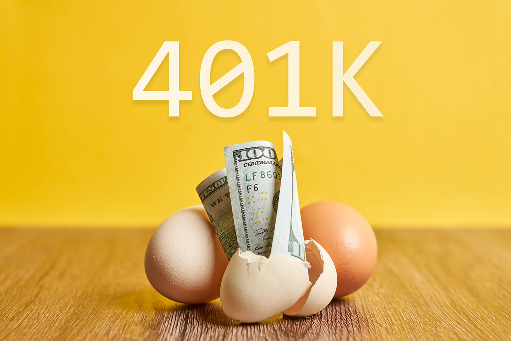 401k - eggs and us dollar bills