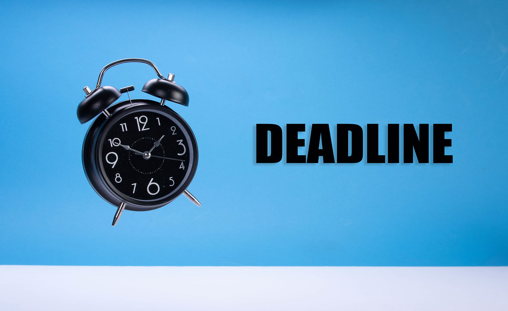 Alarm clock with Deadline text