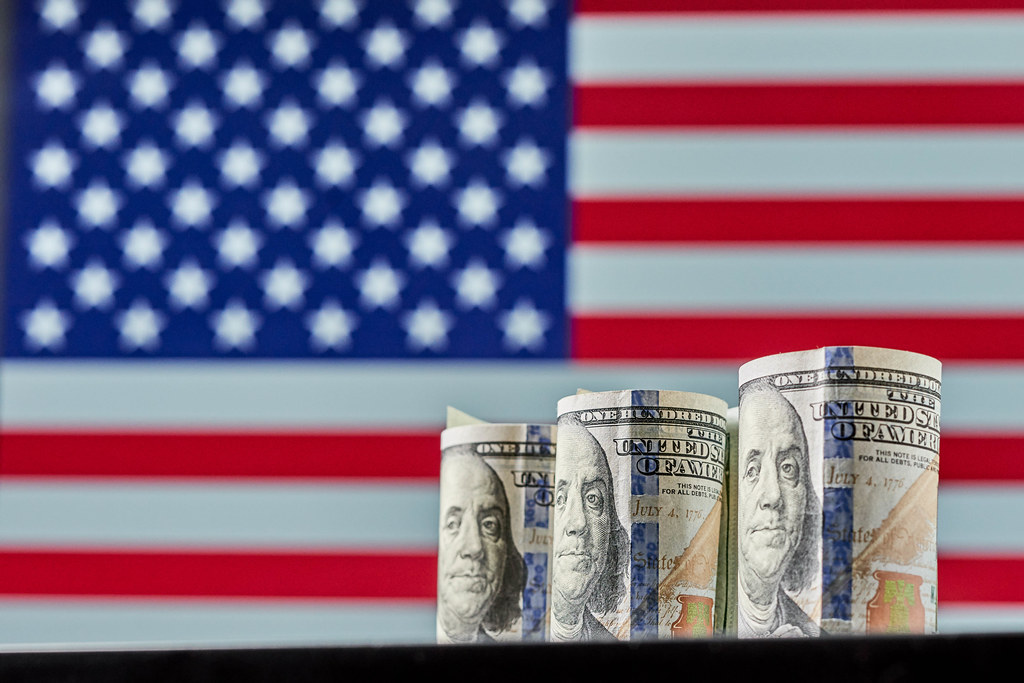 American government approves $1.9 trillion COVID relief package