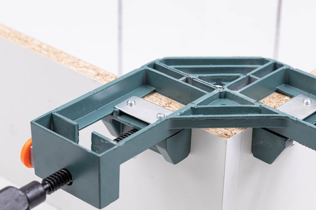 Angular Clamp for Woodworking on the new furniture