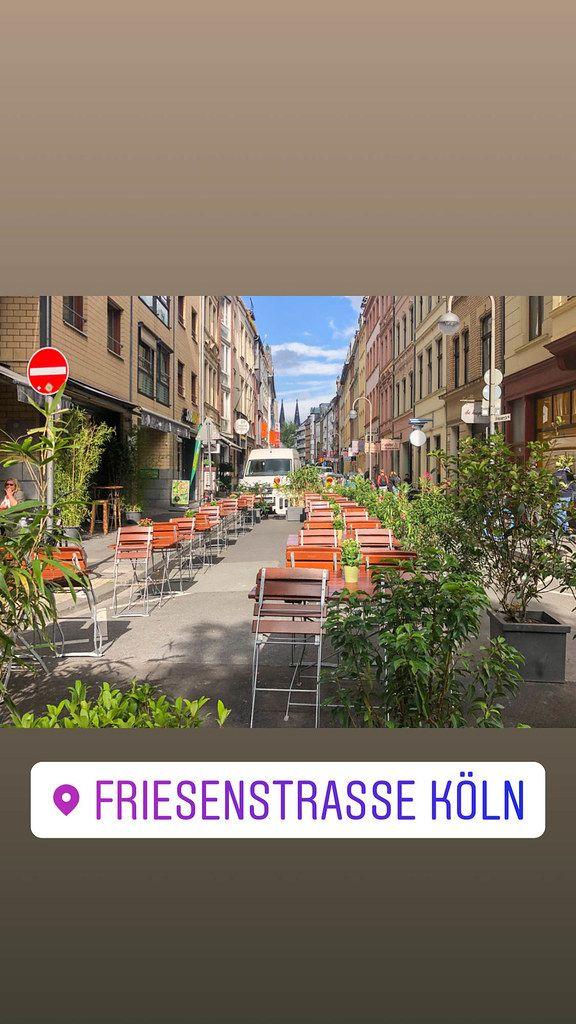 Autofreie Stadt: neue verkehrsberuhigte Fußgängerzone Friesenstrasse auf dem Eigelstein in Köln