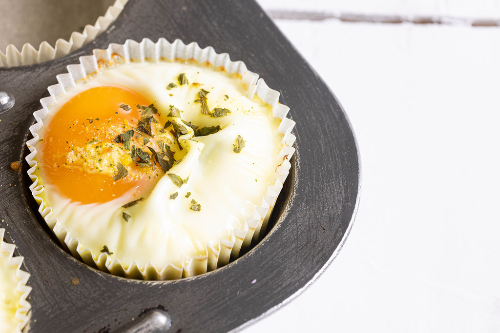 Baked Egg with Spinach in the cup cake tray