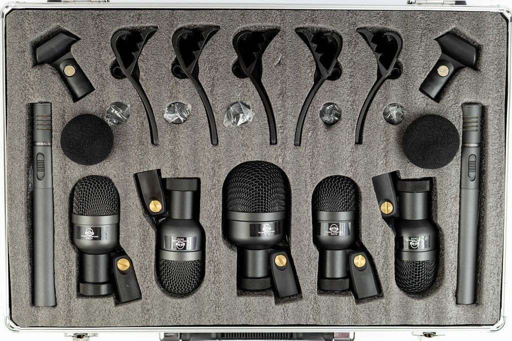 Condenser Studio Microphones set for Drums