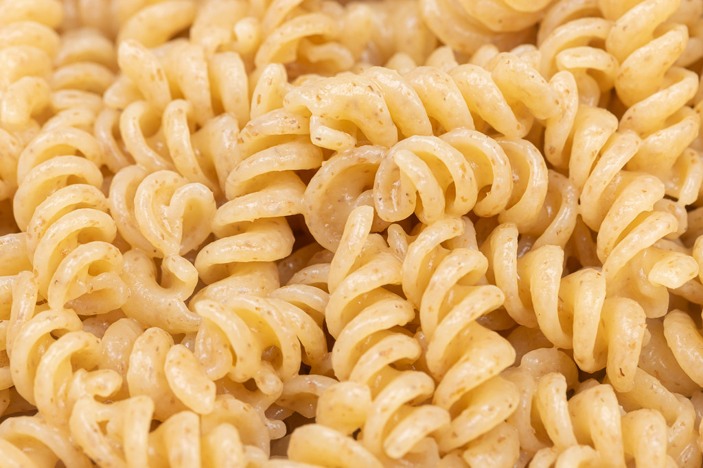 Cooked Macaroni in the bowl closeup image
