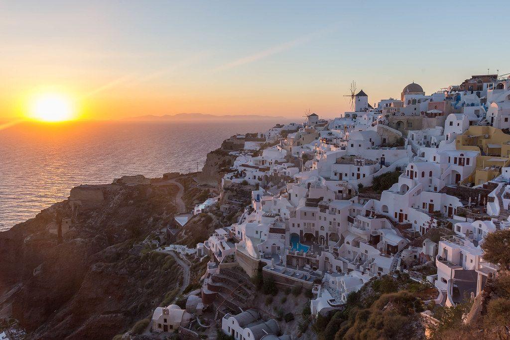Der Sonnenuntergang auf Santorin: eine Sehenswürdigkeit an sich