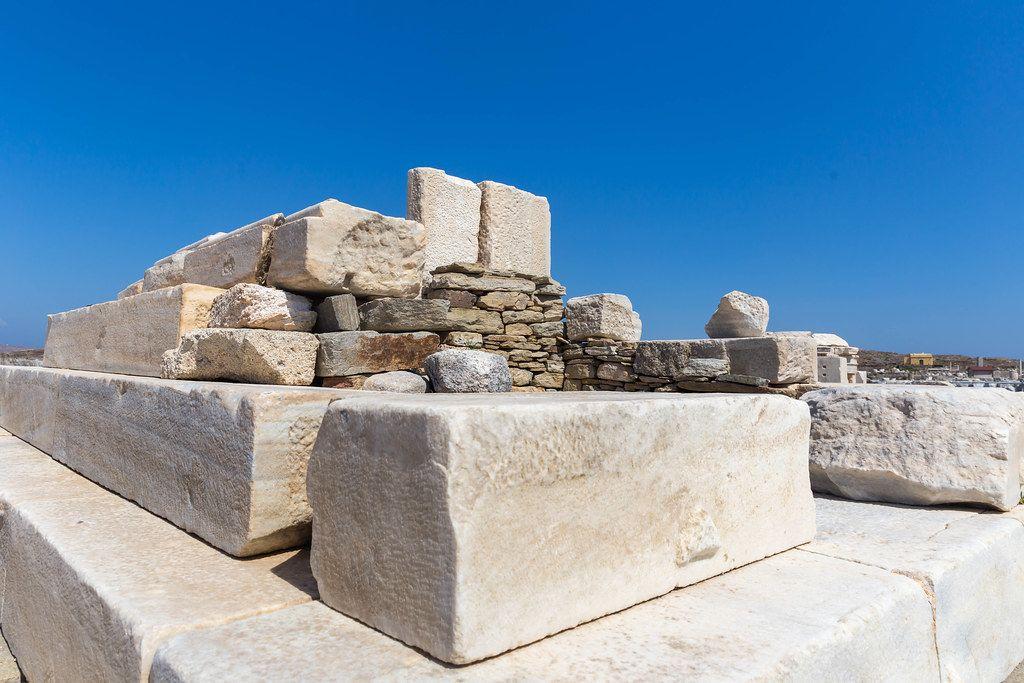 Die Ausgrabungsstätte Delos, Kykladen, Griechenland. Besuch von den Ruinen