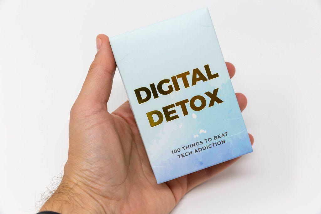 Digitale Entgiftung: 100 Ideen und Tipps gegen Smartphone- und Internetsucht