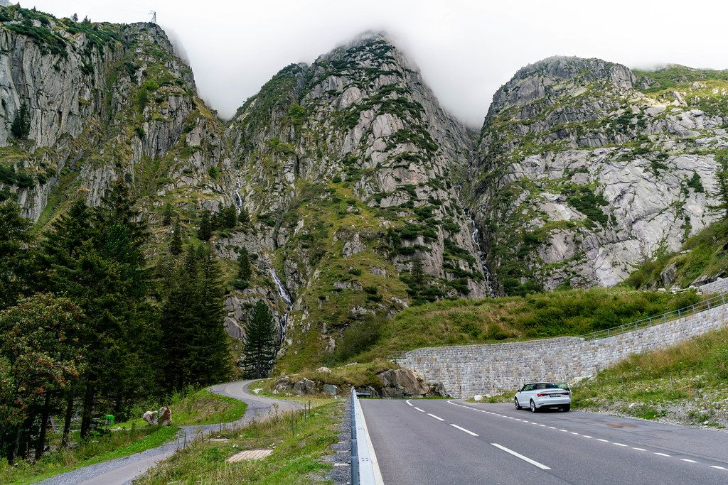 Epic Swiss cliffs along the Furkapass road