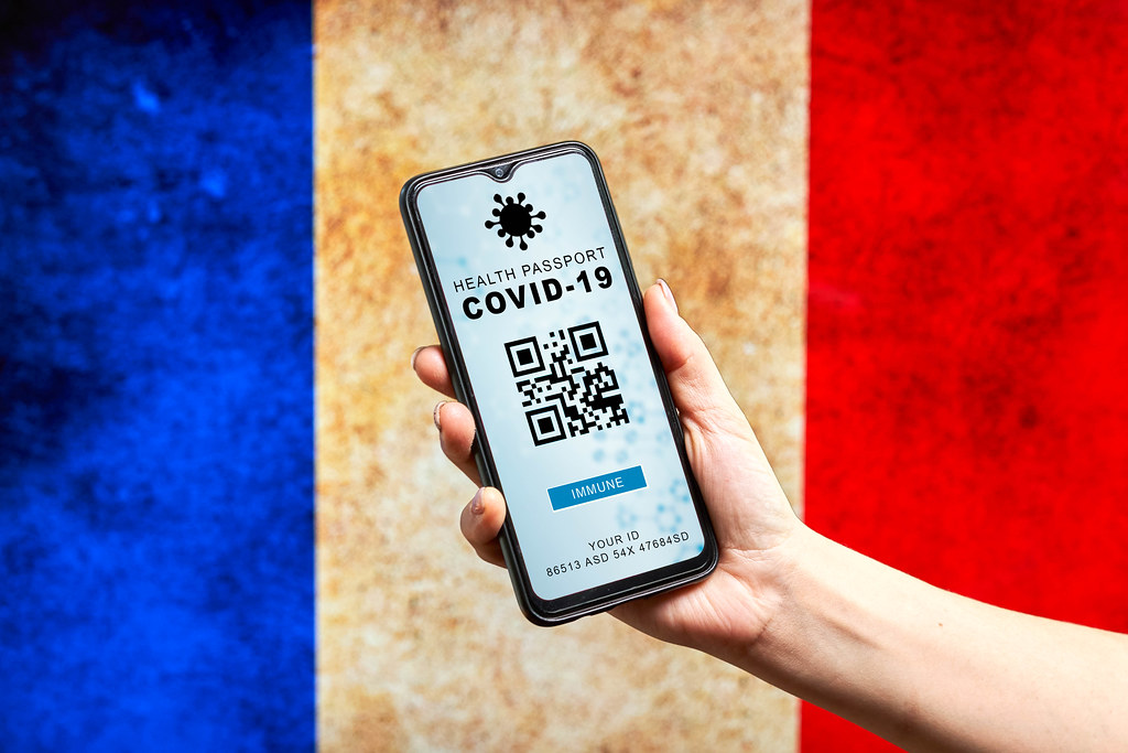 French people use new digital immune passport application