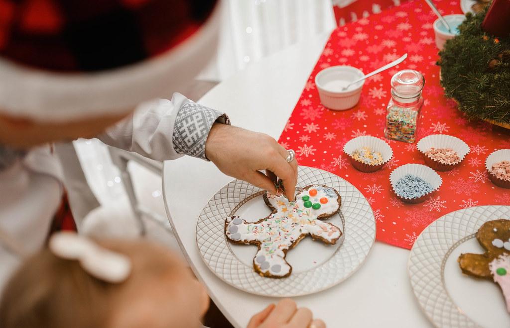 Gingerbread Men  Sugar Colorful Decors