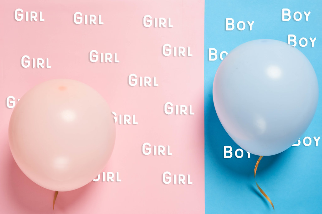Girl or boy - pink and blue balloons with text clouds