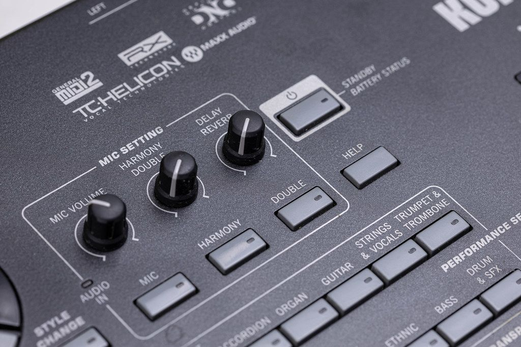 Microphone Settings Knobs on Korg PA3x keyboard