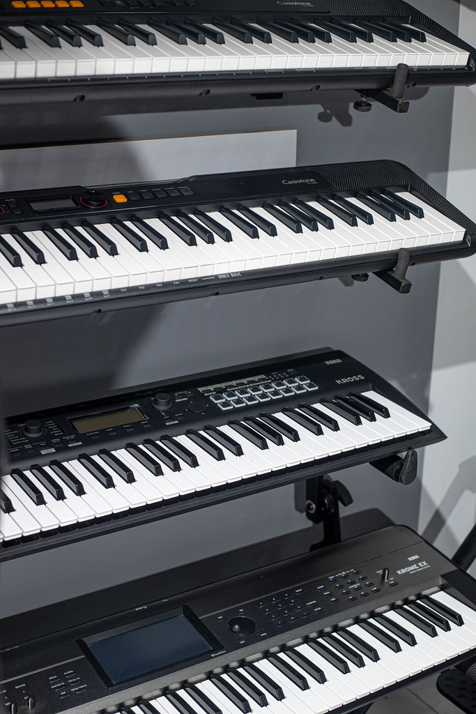 Music Shop digital keyboards and pianos
