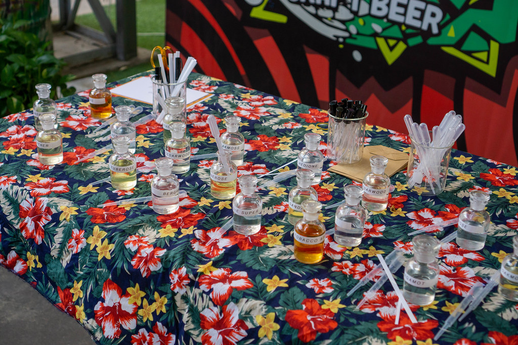 Perfume Blending Station with many different Glasses with Frangrances, Pipettes and other Utensils at a Weekend Market