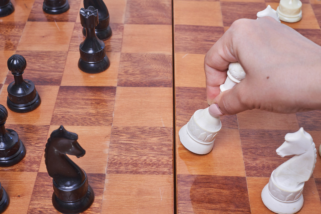 Playing chess game
