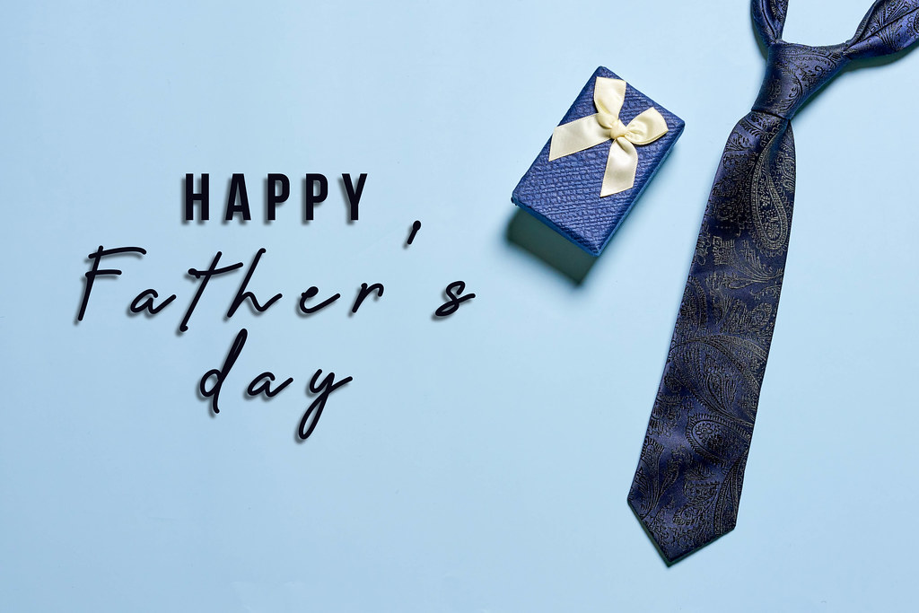 Present box and tie for Father's day