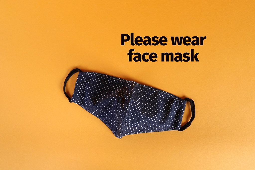 Protective face mask with Please wear face mask text